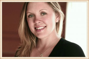 Laura headshot_Fotor